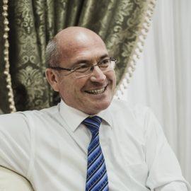 Ирек Шарипов: «Надо читать и изучать национальную литературу, чтобы лучше понимать людей»