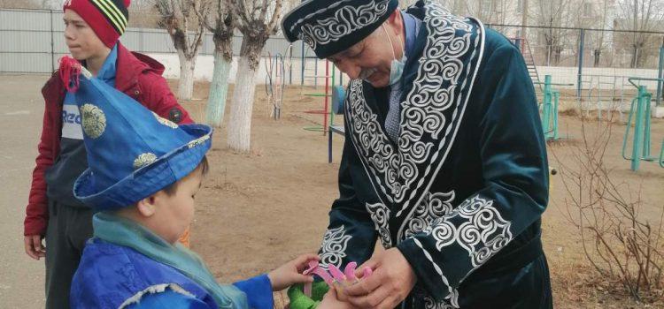Ассоциация народов Бурятии провела благотворительный марафон «Навруз в каждый детский дом»
