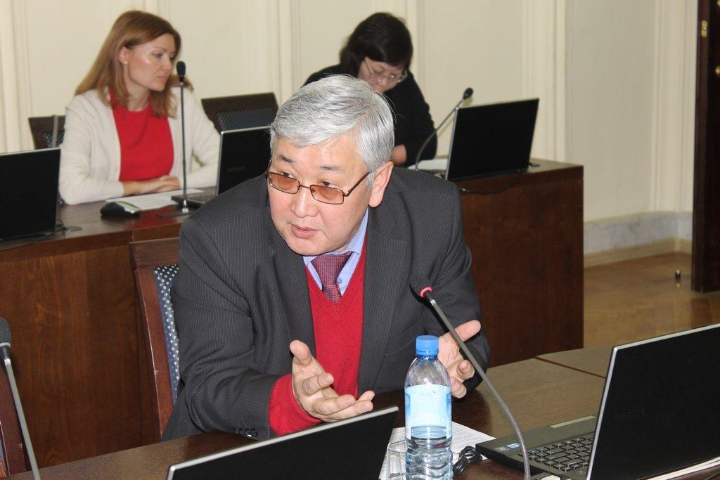 Эрдэм Дагбаев. Фото: Василий Тараруев, UlanMedia