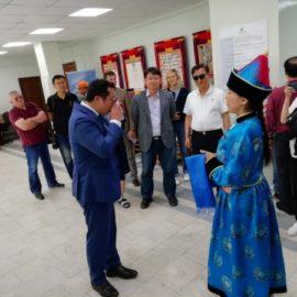 Делегация республики Корея посетила Национальный музей Бурятии